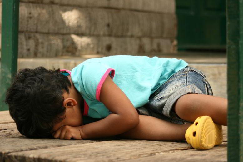 child throwing tantrum